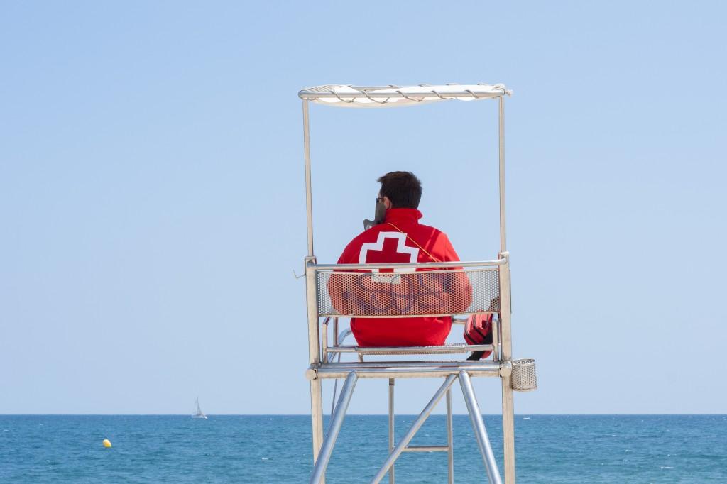 11 Tips on Becoming a Lifeguard