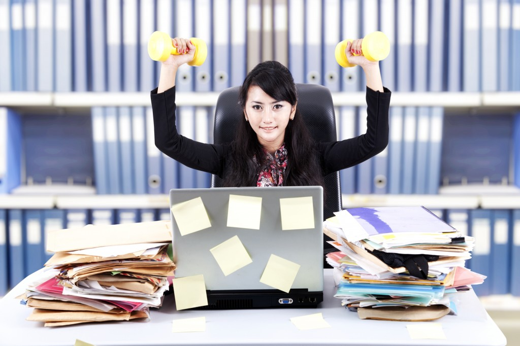 3 Ways to maintain your shape at the office