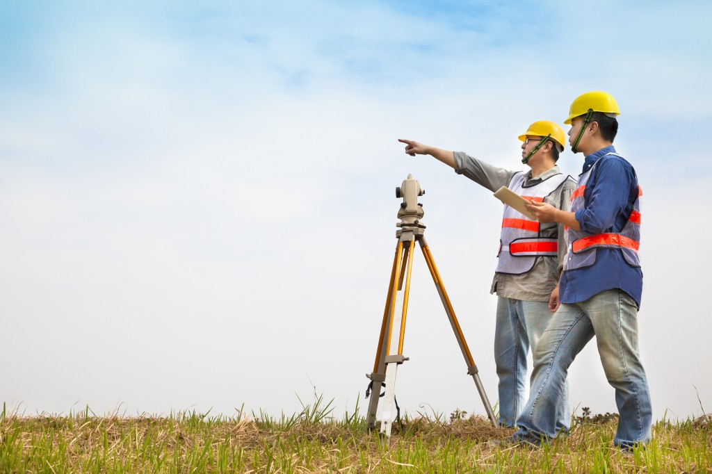 5 Effective tips on becoming a successful surveyor