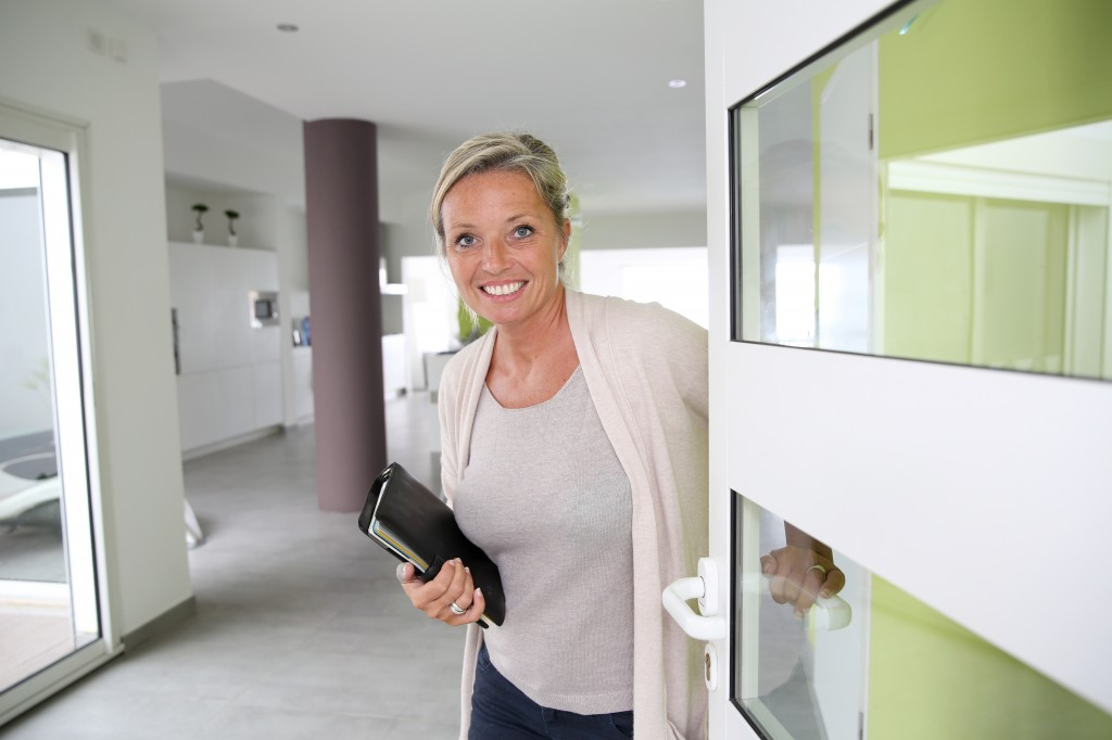 6 Practical tips to become a real estate agent